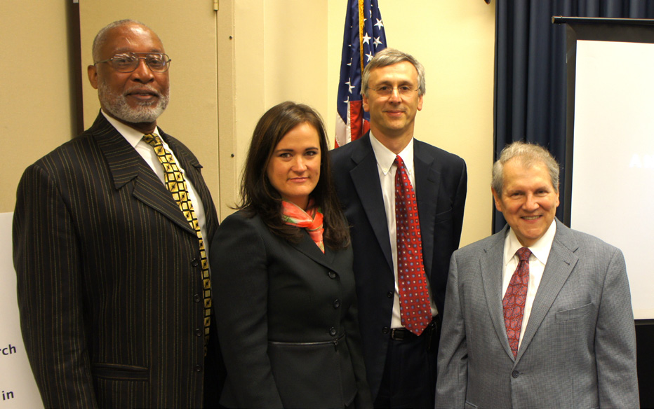 NIAMS director Dr. Stephen Katz (r) recently participated in a panel discussion on osteoarthritis (OA) at a congressional briefing organized by the Coalition for Imaging and Bioengineering Research (CIBR). He was joined by (from l) four-time Super Bowl champion L.C. Greenwood from the Pittsburgh Steelers, who has OA; CIBR President Renée L. Cruea; and NYU Langone Medical Center researcher Dr. Michael P. Recht.
