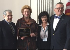 Photo of Dr. Stephen Katz Debbie Stabenow Laura Dyas and Robert Riggs.